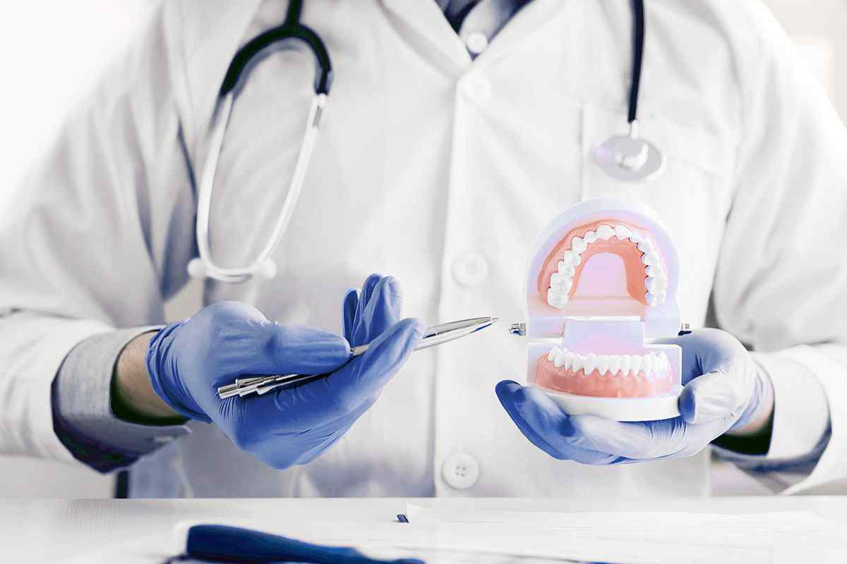 https://mainstreetdental.com.au/wp-content/uploads/2020/01/home-services-2.jpg